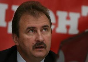 Попов поручил привести в порядок солдатские могилы в Киеве