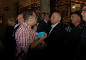 Прокуратура возбудила дело по факту избиения херсонского журналиста