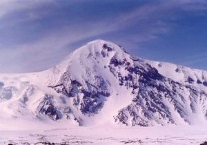 Крупнейший вулкан Евразии проснулся