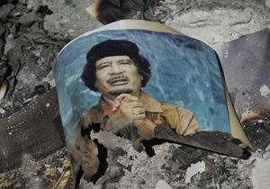 Во Франции умер один из поймавших Каддафи повстанцев. Ливии грозит возобновление гражданской войны