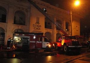 Новости Киева - пожар в Киеве: Пожар в Гостином дворе ликвидирован. Причины возгорания выясняются