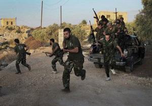 Сирийская армия уступила повстанцам еще один город на пути снабжения Алеппо