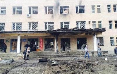 В Донецке снаряд попал в больницу, есть жертвы