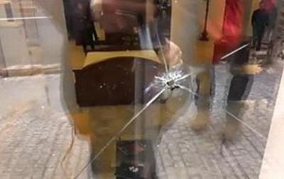 В центре Харькова вновь обстреляли магазин
