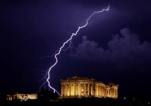 ЦБ Греции назвал 130 млрд евро помощи от ЕС и МВФ последним шансом Афин
