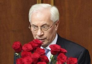 Азаров объяснил, почему в его Кабмине нет женщин