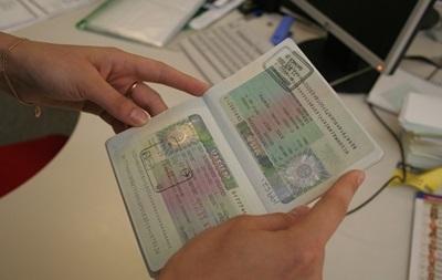 Украина продлила безвизовый режим для Македонии