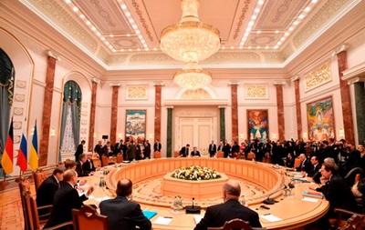 На переговорах в Минске пошла  борьба нервов  – Чалый