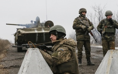 Силы АТО пытаются деблокировать трассу на Дебальцево - Семенченко