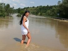 Руслана посетила затопленные села и создала центр SOS! 2008