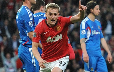 Манчестер Юнайтед хочет увеличить своему нападающему зарплату в 20 раз