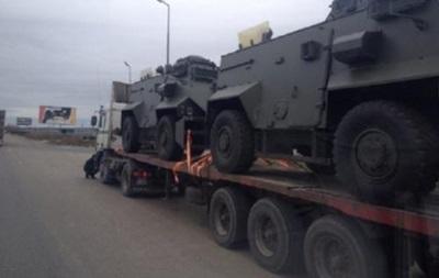 Украина получит еще 55 британских бронемашин Saxon