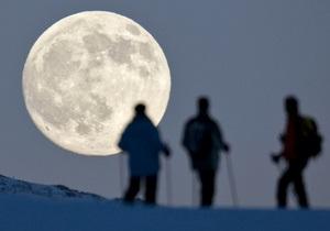 Ученые призывают исследовать Луну на предмет поиска следов инопланетян