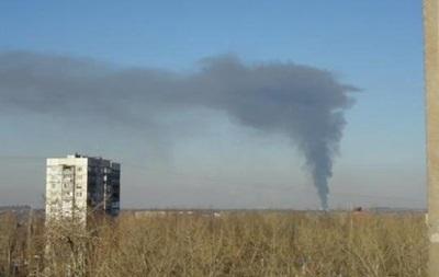 Обстрел Донецка: загорелся завод картонных изделий