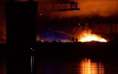 В Польше горит один из главных мостов