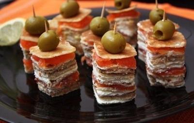 Масленица 2015: Необычные блюда с использованием блинов