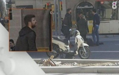 Защитник Барселоны помог женщине, попавшей в ДТП