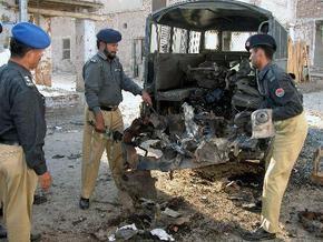 Смертник подорвал бомбу у штаб-квартиры ВМФ Пакистана