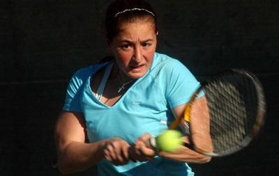Теннисистку дисквалифицировали за удар мячом в лицо судьи