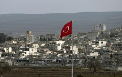 Турция ввела танковый конвой в Сирию