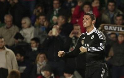Роналду стал третьим бомбардиром в истории Реала