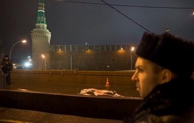Полиция Москвы проверила несколько машин по делу об убийстве Немцова
