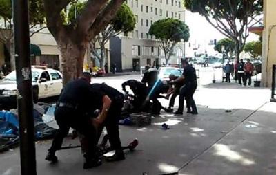 Застреленный полицейскими в США бездомный был гражданином Франции