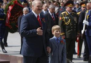 Лукашенко прилетел в Киев с девятилетним сыном