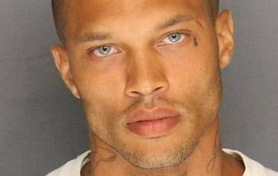 Самый красивый преступник США  заключил контракт с модельным агентством