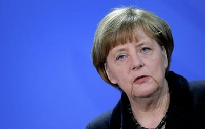 Меркель в Японии призвала продлить антироссийские санкции
