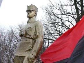 Во Львове открывают памятник Шухевичу