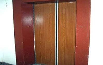 В Харькове в лифте погиб ребенок