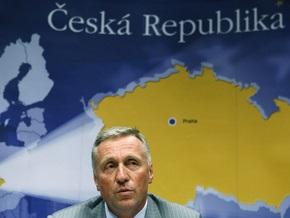 Чешский парламент выразил недоверие правительству Тополанека