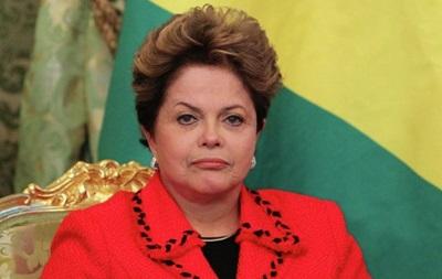 В Бразилии тысячи митингуют в поддержку президента