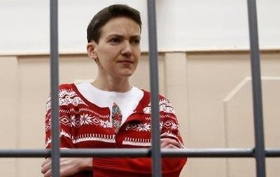 Украинских врачей пустили к Савченко