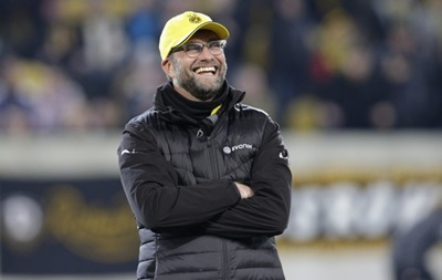 Тренер Боруссии сравнил игрока своей команды с сосиской в хот-доге