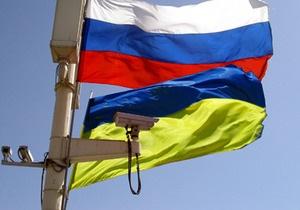 Опрос: Украинцы считают Украину более демократичной, чем Россию, а россияне - наоборот