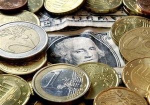 Курсы наличной валюты: Доллар перешагнул отметку в 8,25 грн
