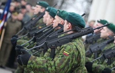 Литва возобновила призыв на обязательную военную службу