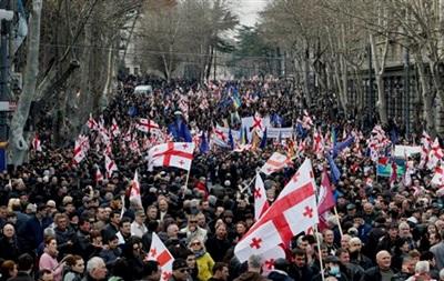 Итоги 21 марта: Расстрел сотрудника СБУ в Волновахе, митинг в Тбилиси