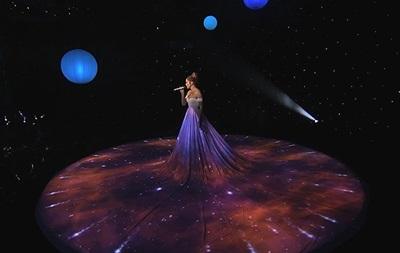 Дженнифер Лопес  украла  идею эпатажного платья у украинской певицы
