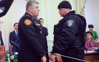 Итоги 25 марта: Публичный арест главы ГосЧС, прибытие бронемашин из США