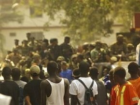 Лидер гвинейской военной хунты объявил себя президентом