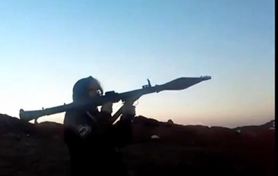 Появилось видео обстрела из гранатомета села  активисткой  Айдара