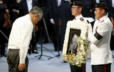 В Сингапуре прощаются с  отцом нации  Ли Куан Ю