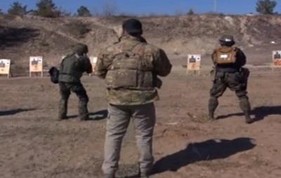 Луганской милиции прислали инструкторов из Грузии и Израиля