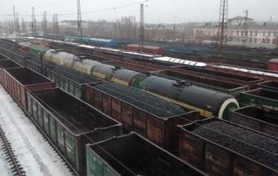 Эксперт: На Донбассе развиваются контрабанда и контрафакт