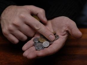 Кабмин разрешил использовать благотворительные взносы на зарплату учителям и медикам