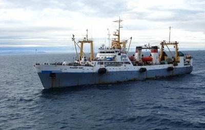 Названа основная версия затопления траулера в Охотском море