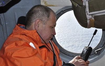 В Охотском море возобновились поиски моряков с затонувшего траулера